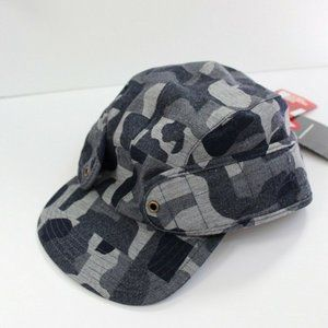 TNF Cryos Camo Earflap Hat Size L/XL Gray No Laces